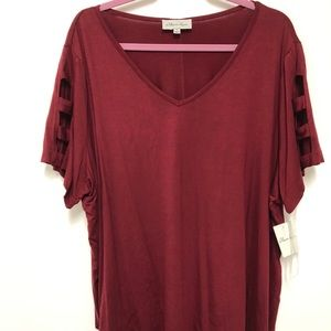 Maroon plus size 4X V-neck top